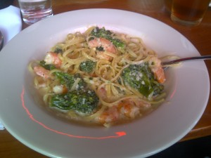 three tomatoes shrimp alfredo