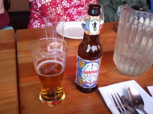 three tomatoes harpoon ipa